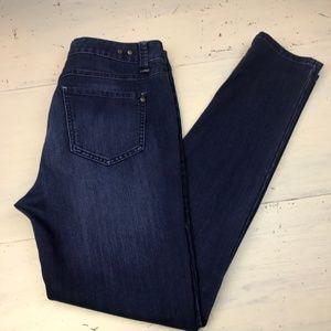CABi Jeans Straight Leg Jeans Style #514 Size 8
